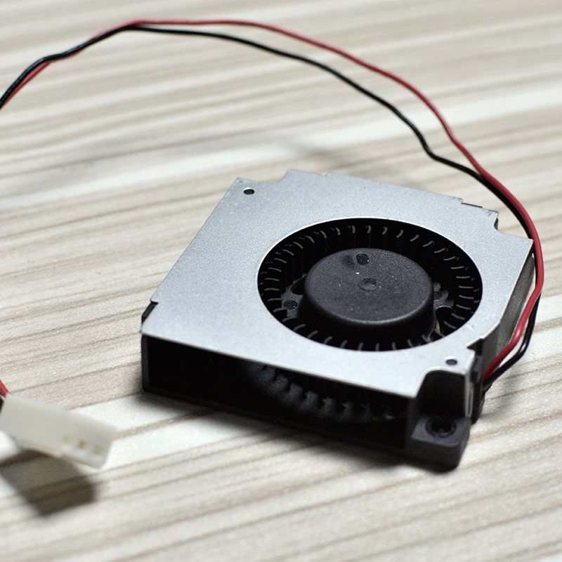 DELTA BFB04512HHA 4.5CM  12V 0.26A The best DIY option cooling fan