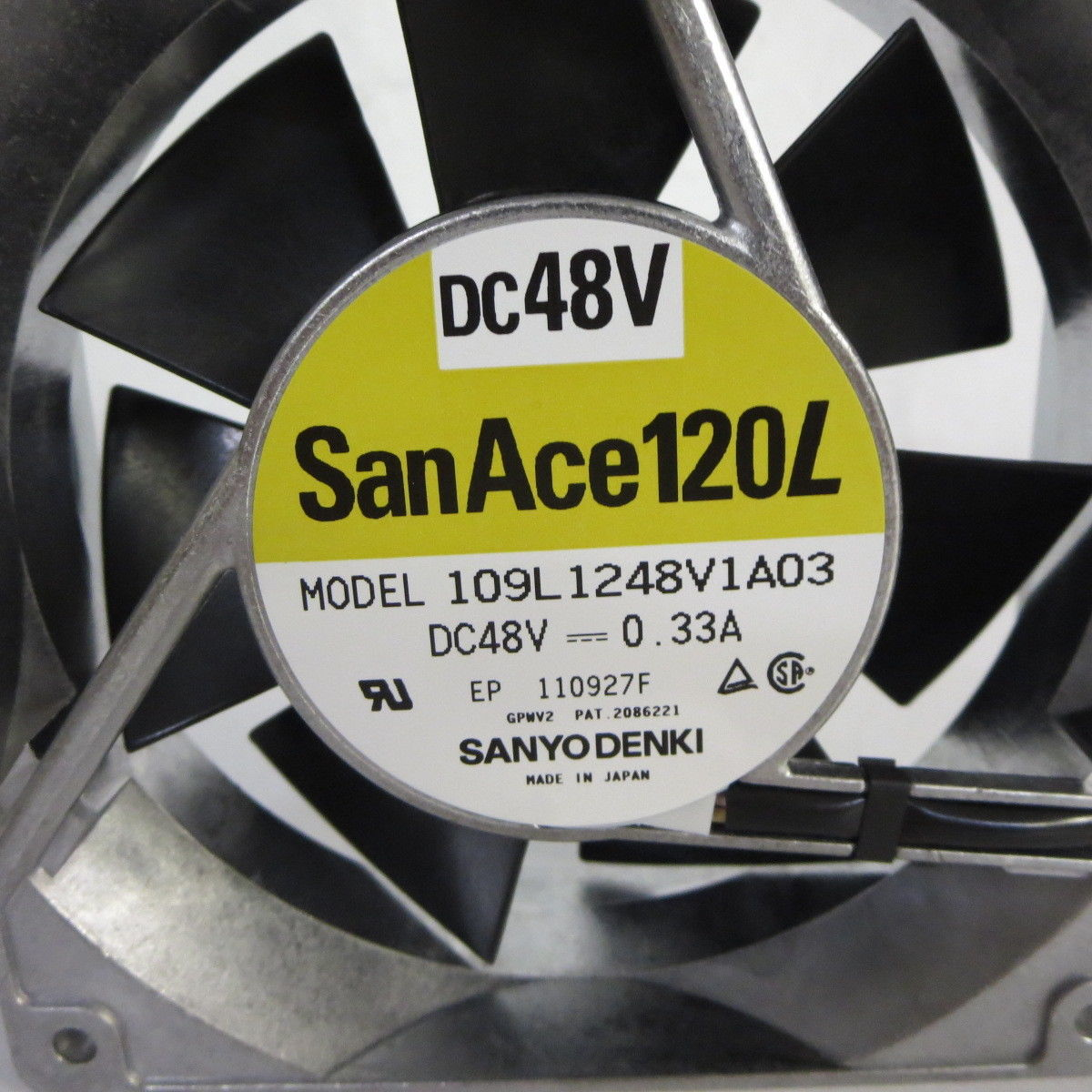SANYO 109L1248V1A03 DC 48V 0.33A 120x120x38mm Server Square fan