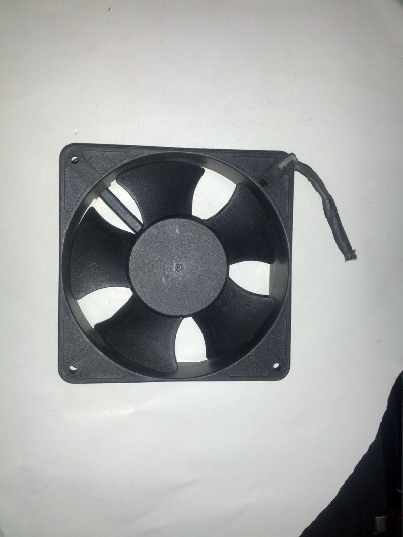 SUNON KDE2412PMBX-6A DC24V 7.2W 2-wire Server Square Fan