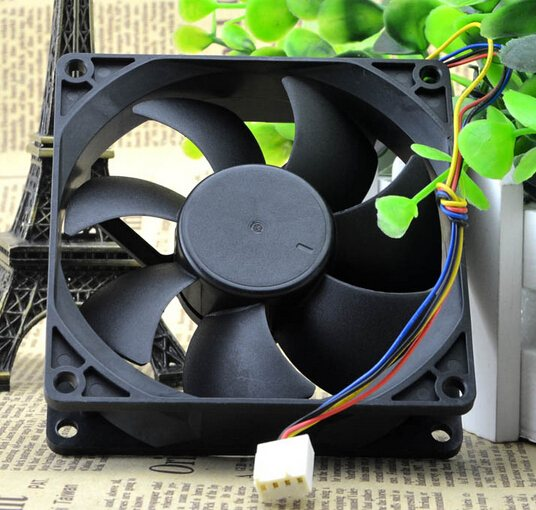 AVC DS09225R12HPFAF 12V 0.41A 4 wire PWM CPU cooling chassis fan