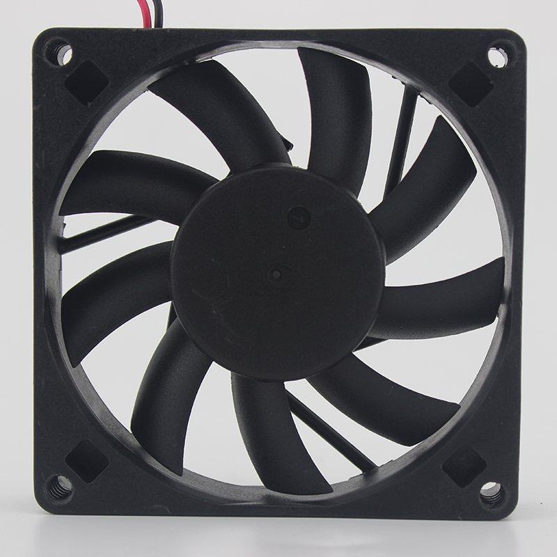 ADDA AD0805HB-D71 DC5V 0.43A chassis cooling fan