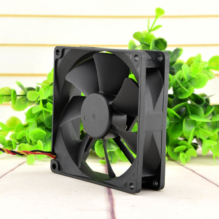 Y.S.TECH FD129225HB-N 12V 0.23A  2-wire cooling fan