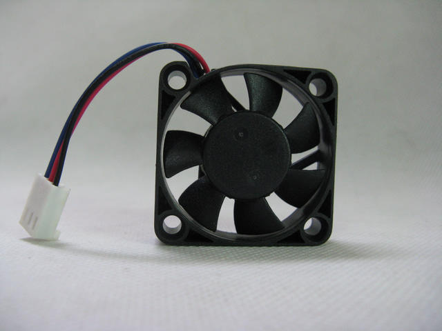 ADDA AD0412HB-G76 DC12V 0.1A 3-wires Cooling Fan