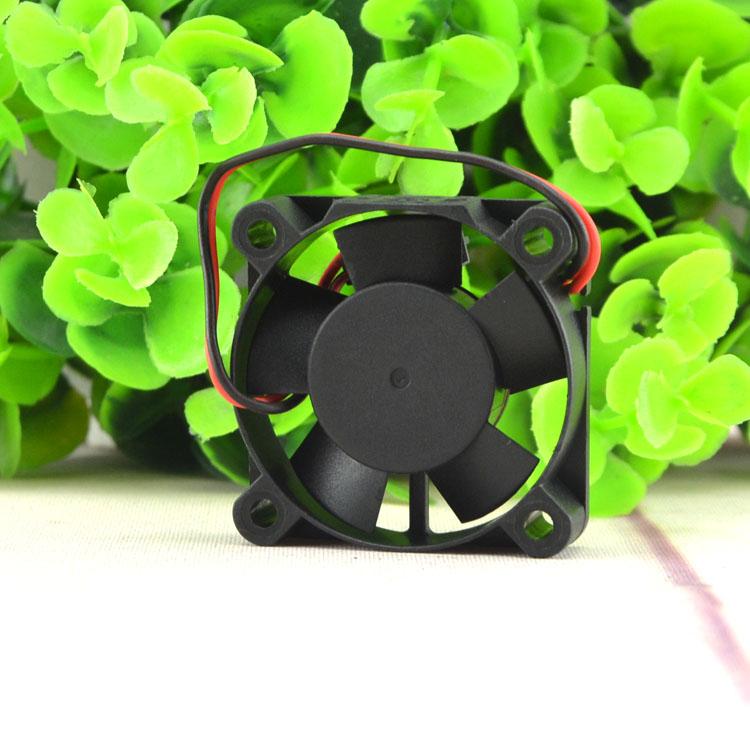 SUNON KDE1204PFS3-8 12V 0.5W 4CM 2-wire cooling fan
