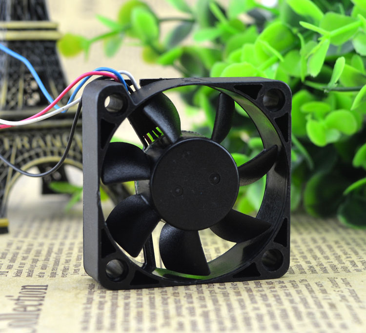ADDA AD5005HB-D7B DC5V 0.30A four-wire PWM cooling fan