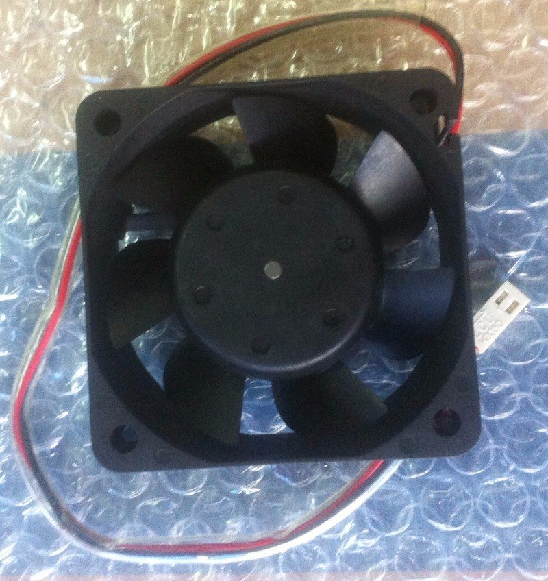 NIDEC D06T-12TS2 60*60*25mm DC12V 0.25A  2Wire Inverter Cooling Fan