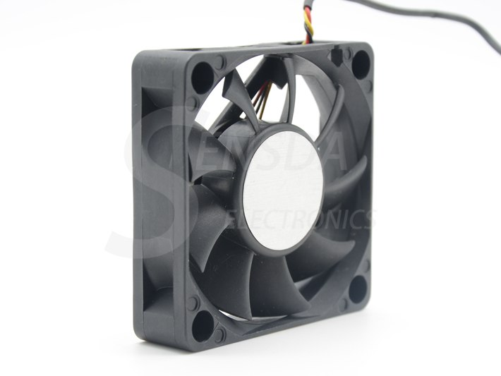 AVC DA06015B12M 60*60*15 mm DC 12V 0.18A 3-pin axial server inverter TV Set cooling fan