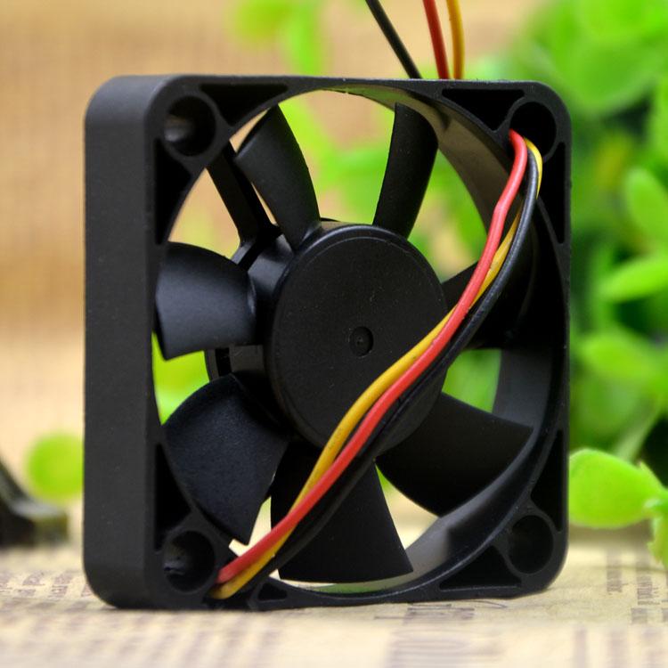Y.S.TECH YW05010005BM 5V 0.17A 5CM  3-wire cooling fan