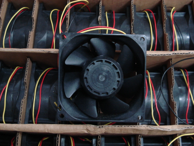 SANYO 9G0812G1D011 12V 1.1A dual ball bearing cooling fan