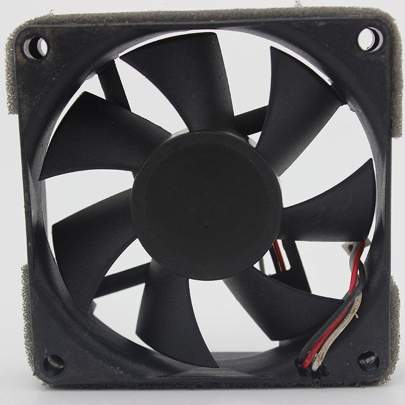 SUNON KDE17PHVX 12V 2.9W 7CM 7015 3-wire cooling fan