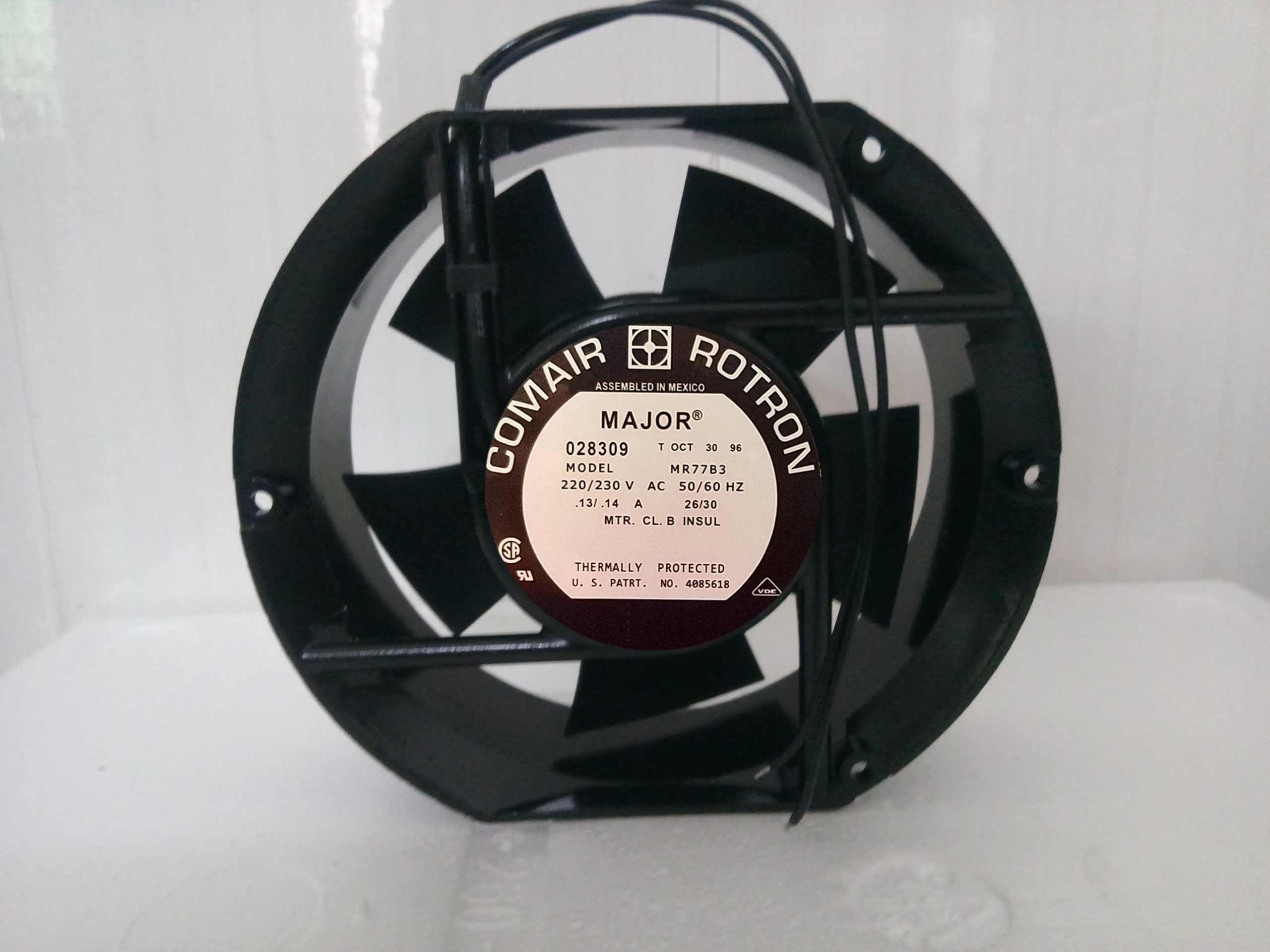 COMAIR ROTRON MR77B3 AC 230V 14A Server Round Fan