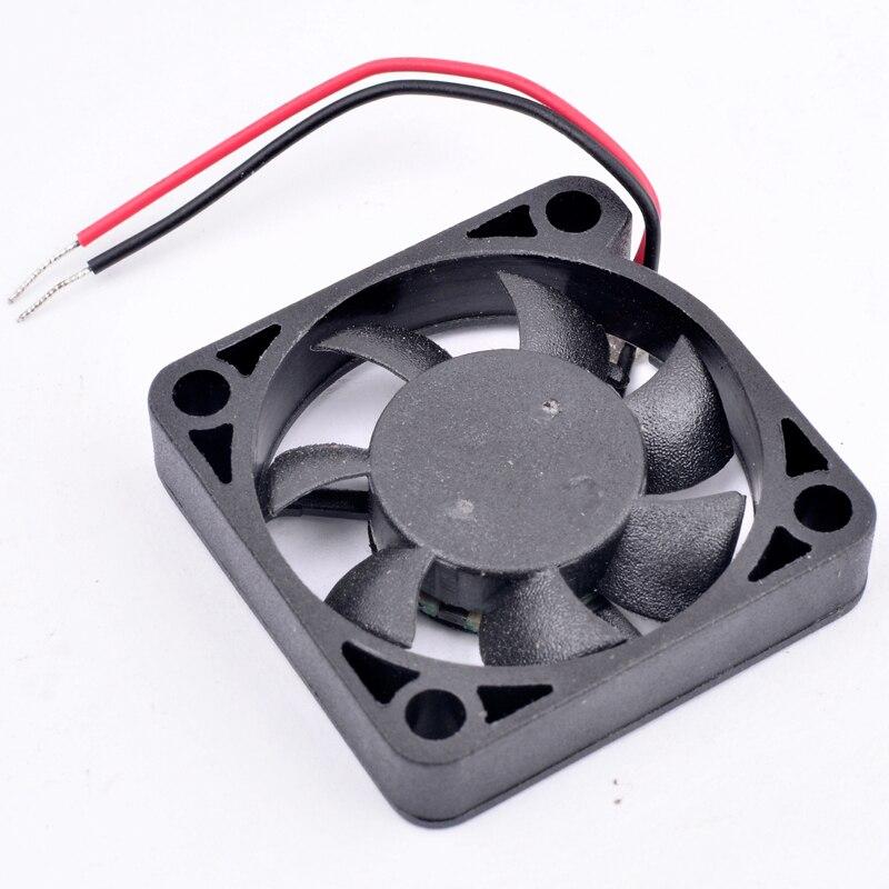 ADDA AD0305HX-K70 DC5V 0.18A 2-Wire micro cooling fan