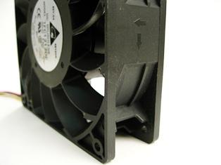 Delta TFC1212DE DC12V 5200RPM 252CFM AXIAL cooling Fan