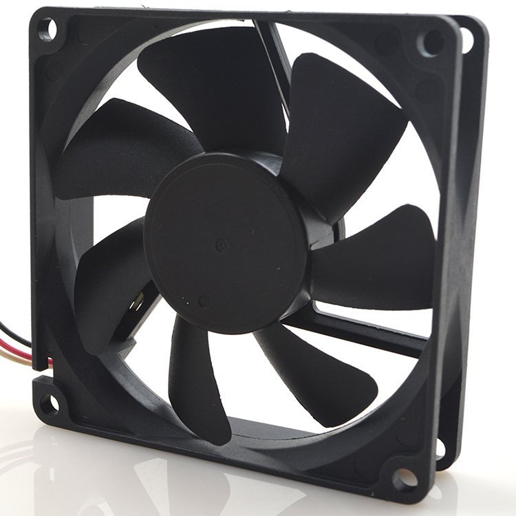 Y.S.Tech FD248020HS DC24V 0.12A 3-Wires Oil Bearing Cooling Fan