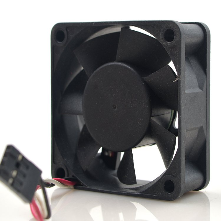 Y.S.Tech NYW06025012BSS DC12V 0.42A 3-wire cooling fan