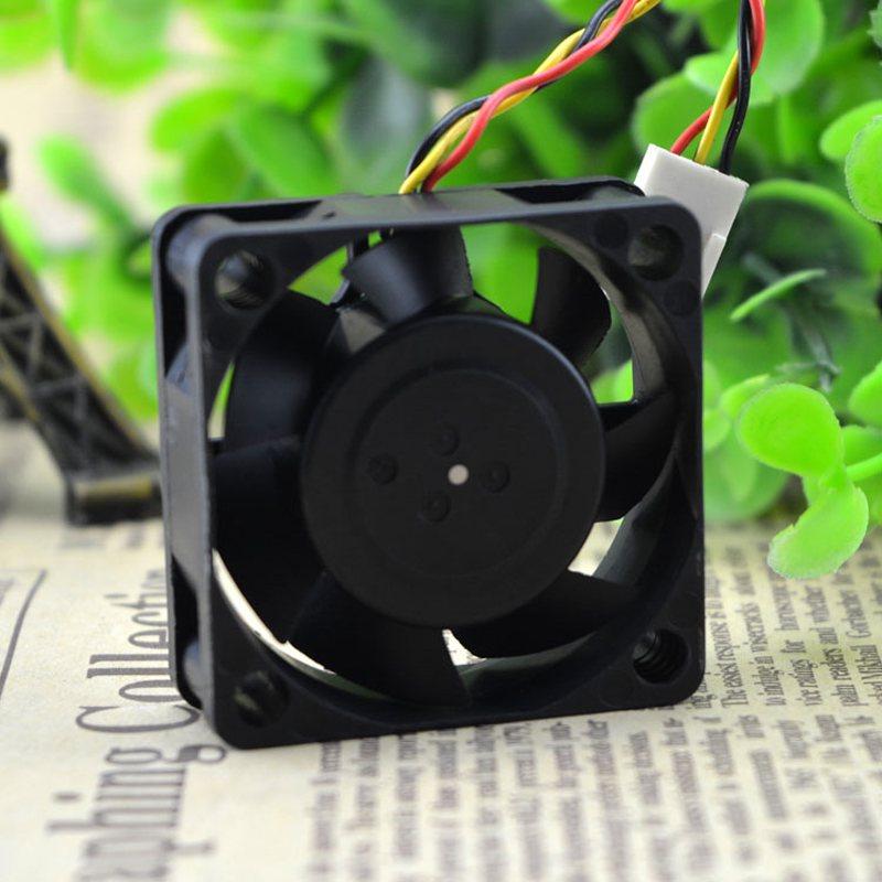 Nidec D04R-12TH DC12V 0.15A 4cm hydraulic cooling fan